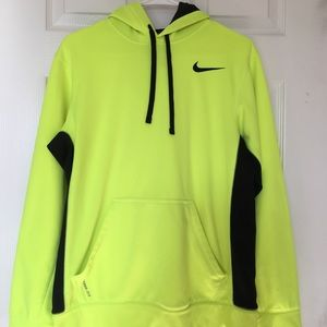 Nike pullover Therma-fit Hoodie - neon yellow